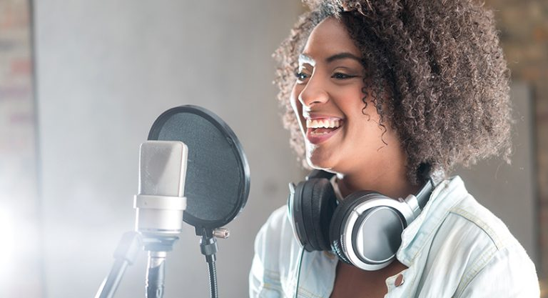 10 Tips For Recording High Quality Video Voice Overs